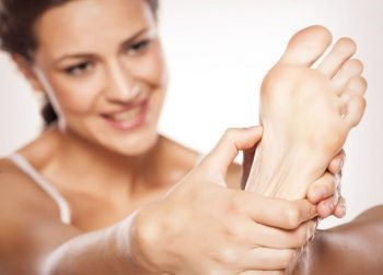 Do It Yourself Reflexology to Heal and Invigorate