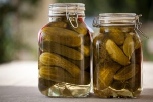 Everything you need to know about pickle juice