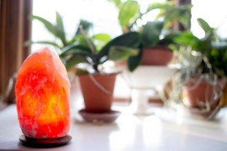 Why You Should Have a Himalayan Crystal Salt Lamp in Every Room of Your House