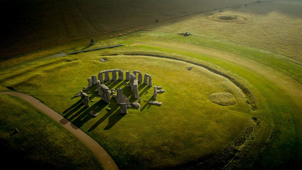You are currently viewing Stonehenge may have had roots in a Welsh stone circle